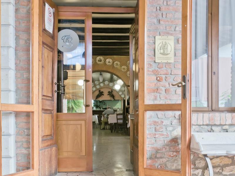 Ingresso al ristorante Lovise vicino Vicenza