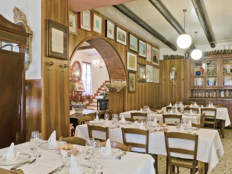 Prenota il tuo tavolo per una tipica cena vicentina alla Trattoria Lovise!